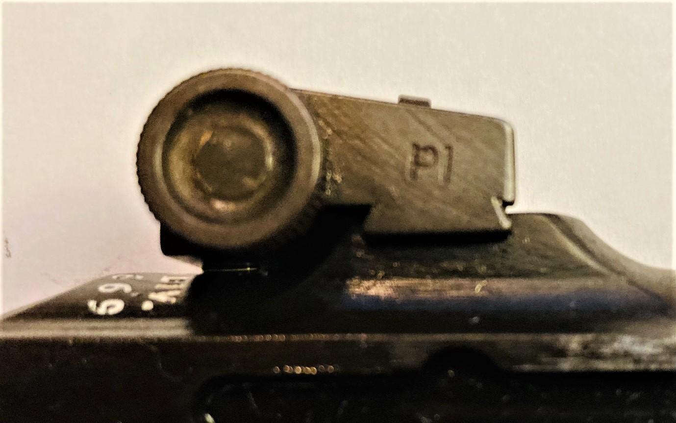 http://www.uscarbinecal30.com/forum/uploads/5969/Inland_carbine_small_rear_sight.jpg